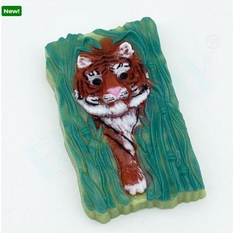 Форма пластиковая  Тигр крадется из тростника