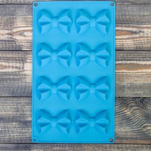 Форма для выпечки «Галстук-бабочка», 28,5×17×2 см, 8 ячеек, цвет МИКС
